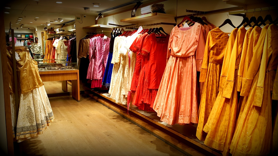 Fabindia Experience center, colossal closet, mommy blogger, shopping, Fabindia