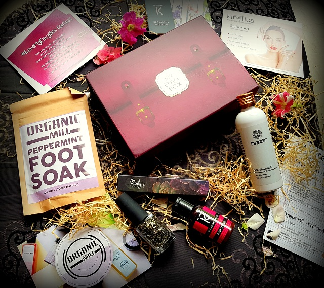 colossal closet, my envy box, beuaty box, april envy box, subscription box, mansi wadhwa