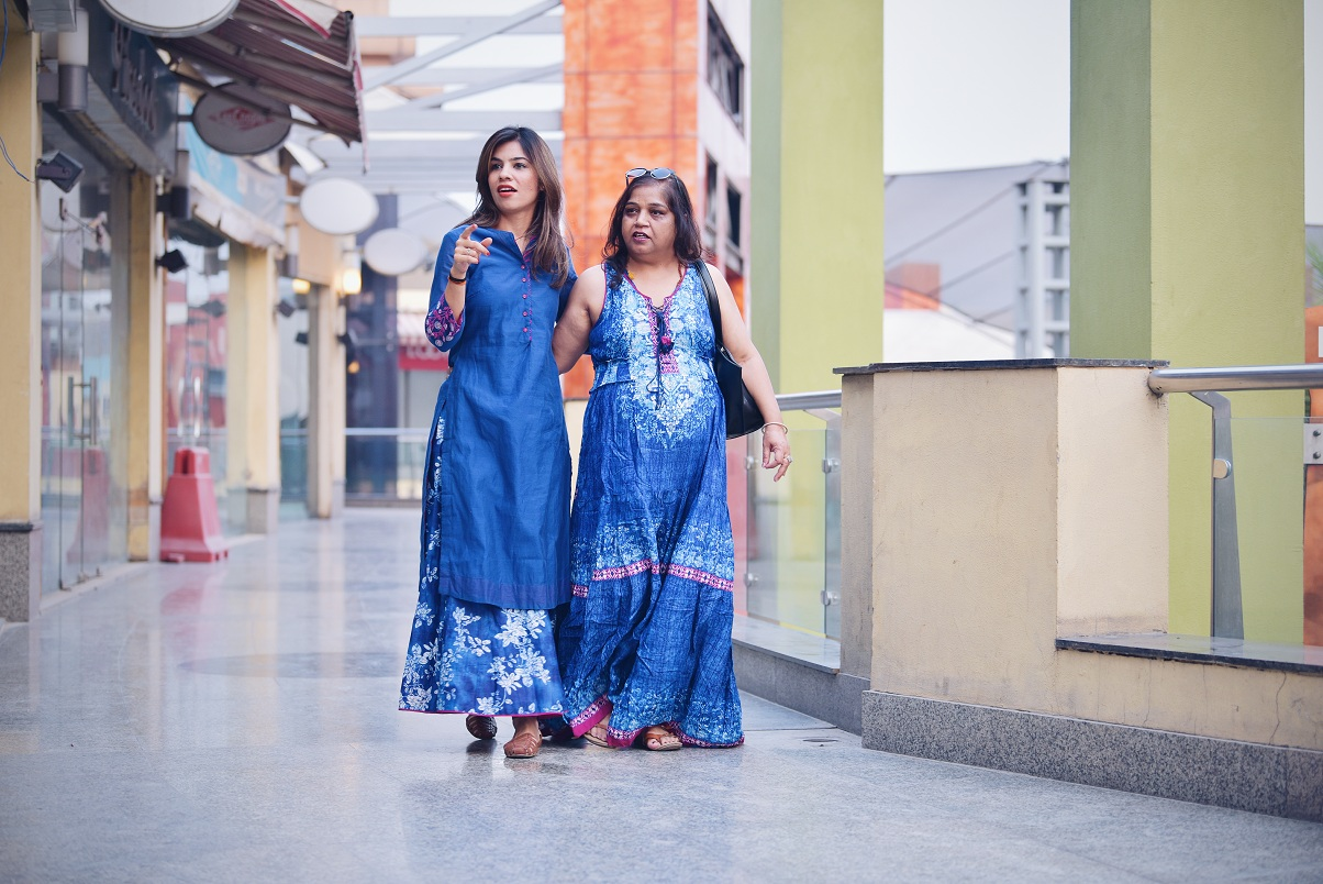 BIBA, colossal closet, Mother's day, happy mother's day, mother's day gift, clothing, online shopping, mother daughter, fashion blogger, ootd, blue, mansi wadhwa