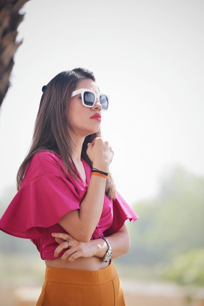Colossal closet, mansi wadhwa, fashion blogger, zara, ootd, pop, color blocking, retro look, 70s fashion, futuristic