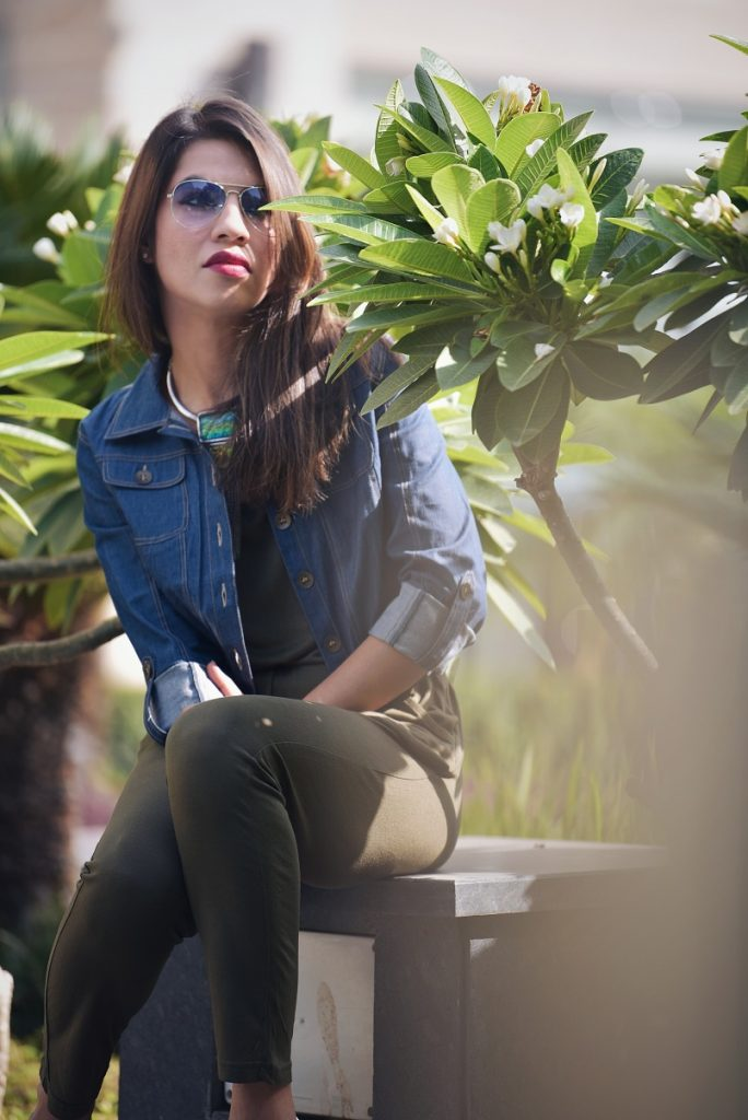 ootd, streetstyle, street wear, casual, colossal closet, mansi wadhwa, jumpsuit, trends 2017