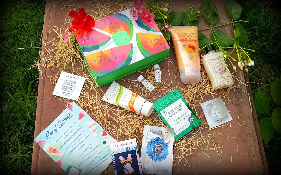 My envy box, may envy box, beauty box, colossal closet, sip of summer, subscription box, product review, beauty, beauty blogger,